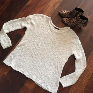 Brandy Melville fuzzy knitted cotton sweater